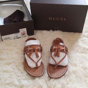 Gucci Emily Horsebit Tassel Flat Sandal SZ 8